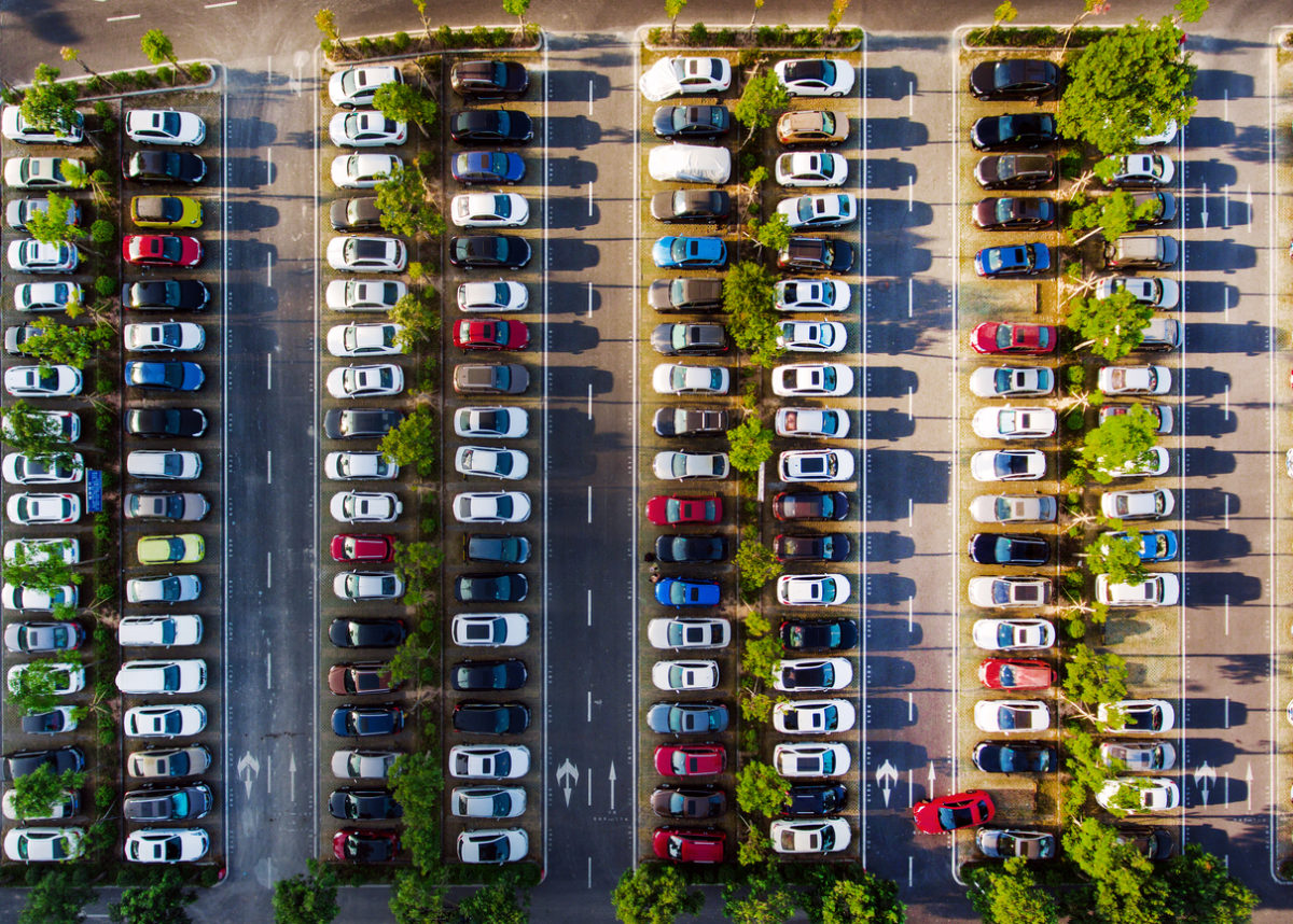 an image of a crowded parking lot in Toronto